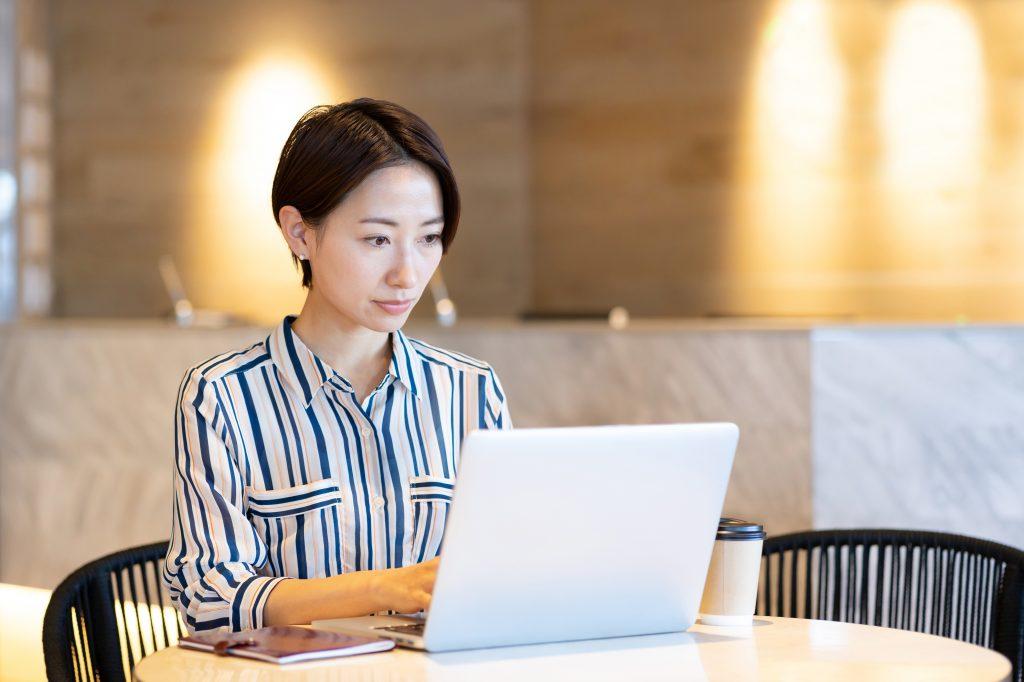 くおん経営 ホームページ制作の特徴3:自社で更新・運用できる体制をサポートします!